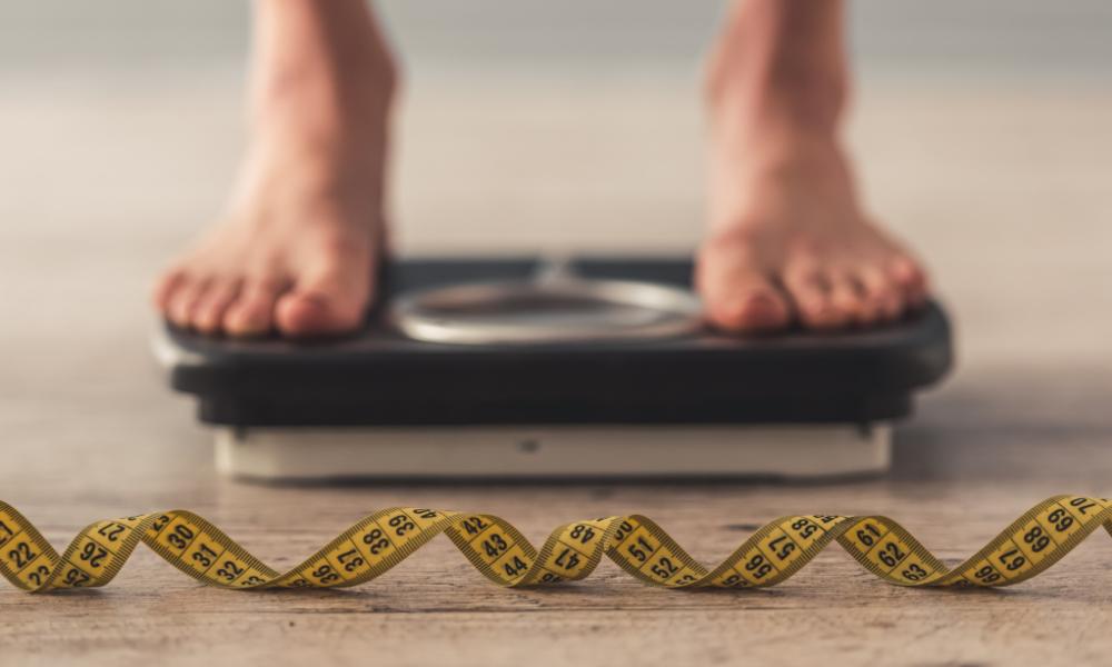 Redukcja masy ciała jest utrudniona w przypadku niewyrównanej niedoczynności tarczycy, lelcia.pl