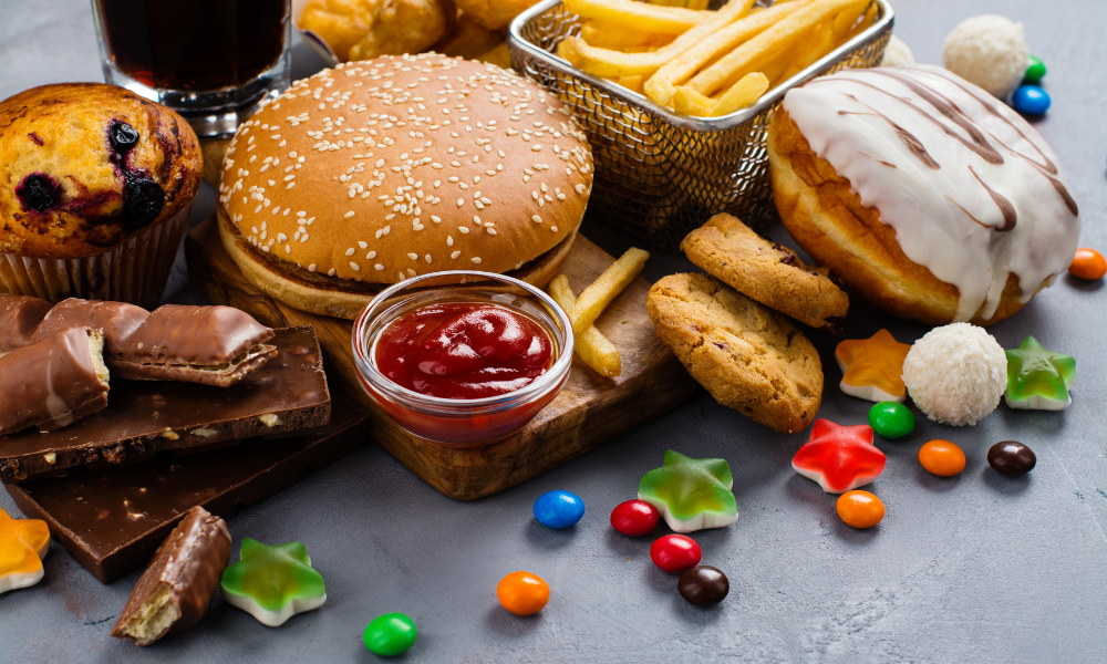Żywność wysokoprzetworzona negatywnie wpływa na oszacowywanie ilości spożytej energii, lelcia.pl