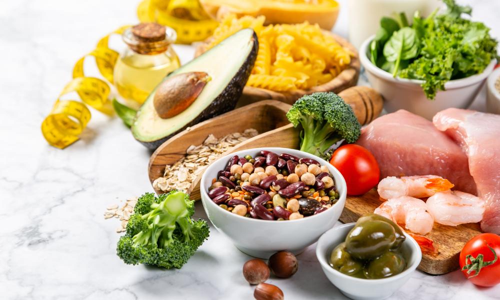 Dieta śródziemnomorska obfituje w warzywa, rośliny strączkowe i warzywa, lelcia.pl